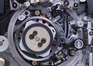 自动化设备在机电行业的应用